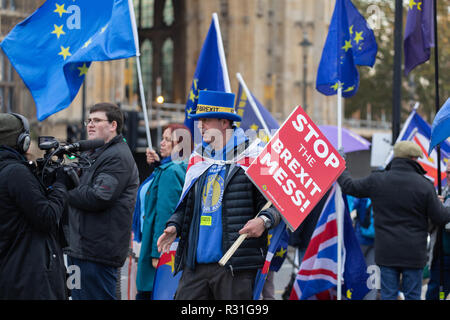 London, UK 21st November 2018. Stand of Defiance European Movement (SODEM) Brexit protest outside the Houses of Parliament in London. Credit: Andy Morton/Alamy Live News