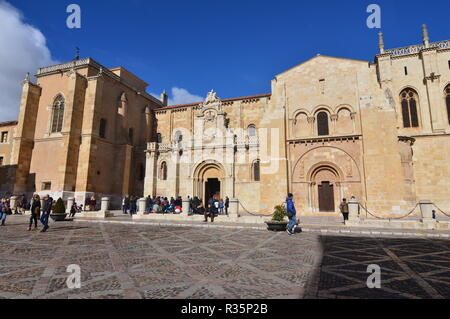 Main Facade Of The Basilica Of San Isidoro In Leon. Architecture, Travel, History, Street Photography. November 2, 2018. Leon Castilla y Leon Spain. - Stock Photo