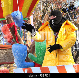New York, NY, USA. November 22, 2018 Bad Bunny attend 92nd Annual Macys Thanksgiving Day Parade in New York. November 22, 2018 Credit:RW/MediaPunch/Alamy Live News - Stock Photo