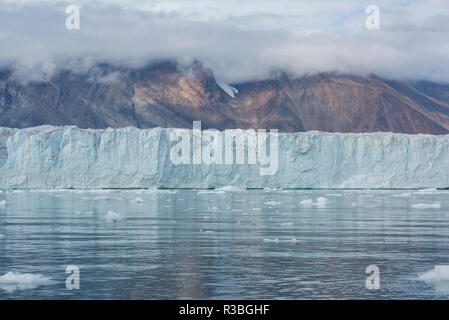 Eastern Greenland, Scoresbysund, aka Scoresby Sund. Wilson glacier, face of the glacier. - Stock Photo