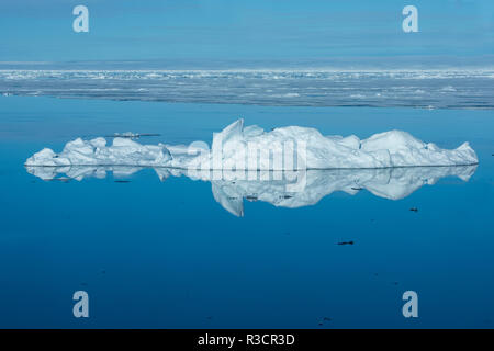 Norway, Svalbard, Nordaustlandet, Nordaust-Svalbard Nature Reserve. Ice along the coast of Nordaustlandet in the Barents Sea. - Stock Photo