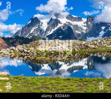 Mount Shuksan, Artist Point, Mount Baker Highway. Washington State, USA - Stock Photo
