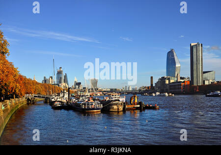 River Thames in Autumn, seen from the Victoria Embankment, London, England, UK. - Stock Photo