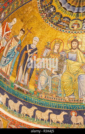 Detail of apse mosaic depicting the Virgin Mary and Christ enthroned, Basilica of Santa Maria in Trastevere, Rome, Italy. - Stock Photo