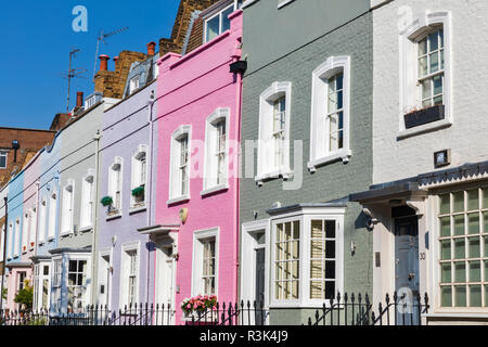 Elegant and colourful Georgian residential housing in Chelsea, west London, England, UK. - Stock Photo
