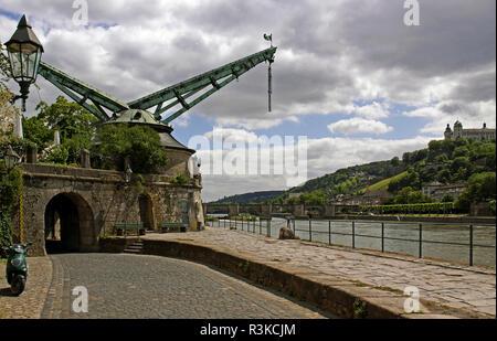 age baroque port crane on kranenkai in würzburg - Stock Photo