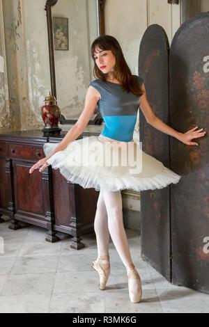 Cuba, Havana. Ballerina on her toes. Credit as: Wendy Kaveney / Jaynes Gallery / DanitaDelimont.com - Stock Photo