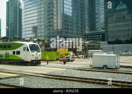 Canada, Ontario, Toronto, Go suburban commuter trains entering Union Station - Stock Photo