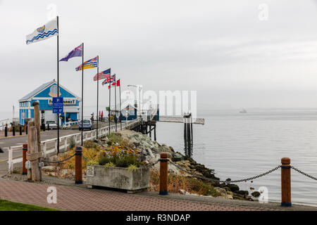 Seafood restaurant at the end of the pier in Sidney, British Columbia, Canada - Stock Photo