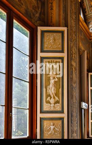 Italy, Rome, Window, Villa Farnesina alla Lungaretta - Stock Photo