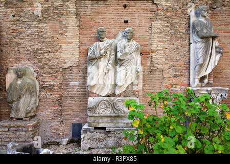 Italy, Rome, Museum Terme di Diocleziano. Marble statues, very likely of noble people. - Stock Photo