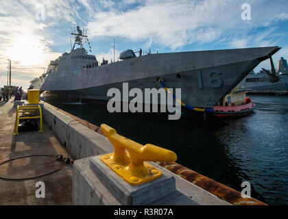 181121-N-CZ893-0575 SAN DIEGO (Nov. 21, 2018) The future USS Tulsa (LCS 16) arrives at its new homeport, Naval Base San Diego, after completing its maiden voyage from the Austal USA shipyard in Mobile, Alabama. Tulsa is the eighth ship in the littoral combat ship Independence-variant class and is scheduled for commissioning Feb. 16, 2019 in San Francisco. (U.S. Navy photo by Mass Communication Specialist 3rd Class Jason Isaacs/Released) - Stock Photo
