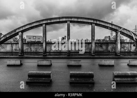 Abandonned concrete bridge over Brussels and Schaerbeek called Leeuwoprit / Rampe du Lion - Stock Photo