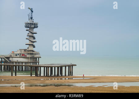 Netherlands, Scheveningen. De Pier, Scheveningen Pier's bungee jump tower - Stock Photo