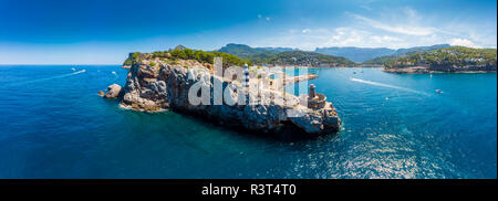 Spain, Balearic Islands, Mallorca, Serra de Tramuntana, Port de Soller, panoramic view - Stock Photo