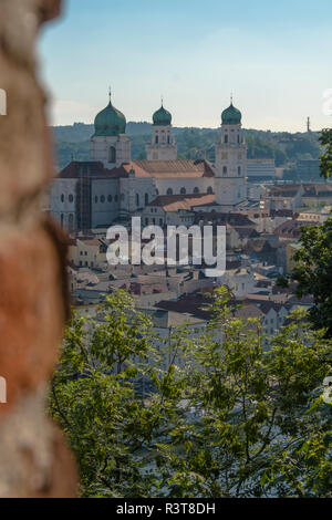 Germany, Bavaria, Passau, City view with St. Stephen's Cathedral - Stock Photo