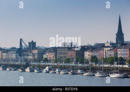 Ireland, County Waterford, Waterford City, skyline, morning - Stock Photo