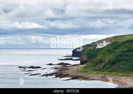 Great Britain, Scotland, Caithness, Dunbeath Castle - Stock Photo