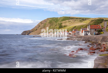 crovie small coastal village - Stock Photo