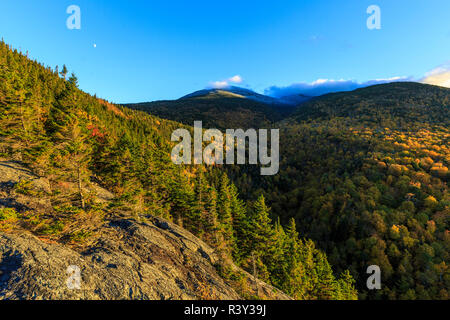 Fall foliage on Mount Madison in New Hampshire's White Mountain National Forest. View from Dome Rock. - Stock Photo