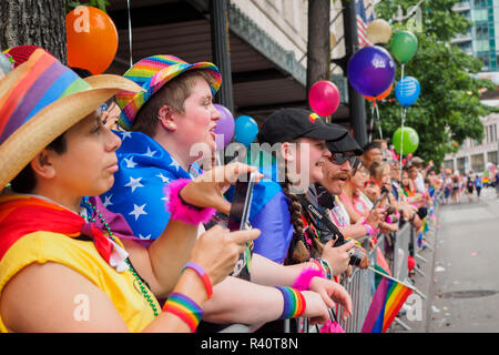 USA, Washington State, Seattle. Seattle Gay Pride Parade, June 28th, 2015. Spectators. - Stock Photo