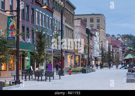 USA, New York, Finger Lakes Region, Ithaca, downtown buildings - Stock Photo