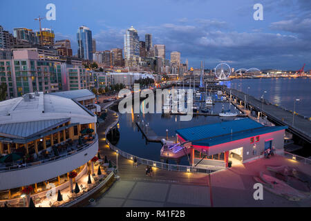 USA, Washington State, King County, Downtown Seattle, from Pier 61 overview. - Stock Photo