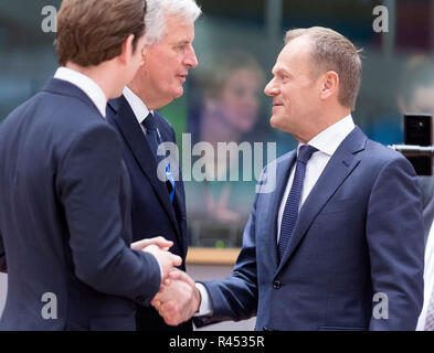 Brussels. 25th Nov, 2018. Austrian Chancellor Sebastian Kurz, European Union's (EU) chief negotiator Michel Barnier and European Council President Donald Tusk (from L to R) talk during a round table meeting at a special Brexit summit in Brussels, Belgium, Nov. 25, 2018. The European Council endorsed the agreement on the withdrawal of the United Kingdom of Great Britain and Northern Ireland (UK) from the European Union and the European Atomic Energy Community, according to its press release on Sunday. Credit: Xinhua/Alamy Live News - Stock Photo