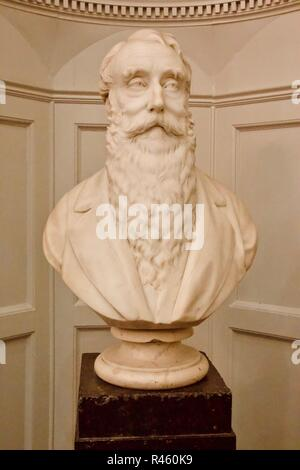 Bust of Sir Thomas Scambler Owden by R.C. Belt, in Bishopsgate Institute. He was an Alderman of the City of London and Lord Mayor of London 1877-78. - Stock Photo