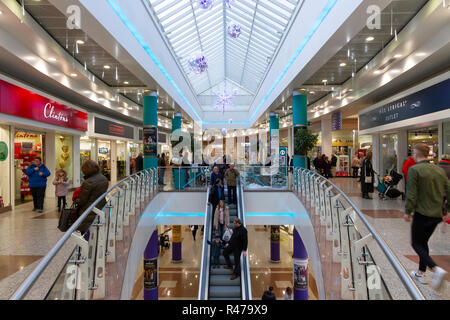 Interior of the Lowry Outlet Mall at MediaCityUK - Stock Photo