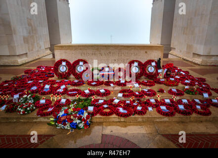 Poppy wreaths laid at stone of remembrance at Thiepval Memorial to the Missing to mark centenary of Armistice - Stock Photo