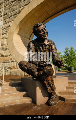 The Fred Rogers Memorial Statue On The North Shore Near Heinz Field In Pittsburgh Was Created By Robert Berks And Dedicated In 2009 Stock Photo Alamy
