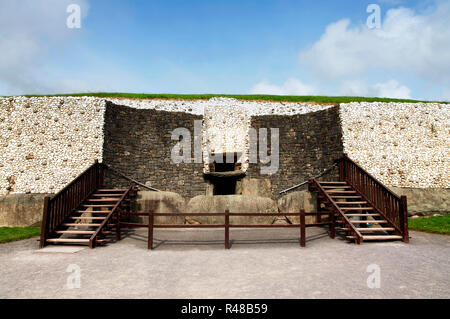 Detail of the Newgrange in the Boyne Valley is a 5000 year old Passage Tomb. Co. Meath, Ireland - Stock Photo