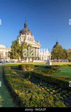 Szechenyi Thermal Baths and Spa in City Park, Budapest, Hungary - Stock Photo