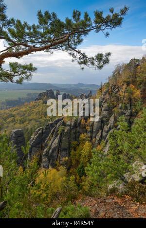View of the burr way of the Schrammsteine, national park Saxon Switzerland, Saxony, Germany, Ausblick vom Gratweg der Schrammsteine, Nationalpark Saec - Stock Photo