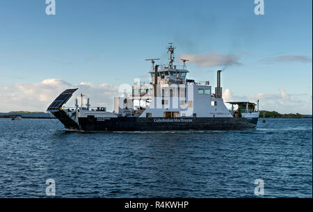 A Caledonian Macbrayne ferry steaming towards Leverburgh on the Isle of Harris - Stock Photo