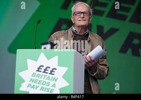 FILE IMAGE: Harry Leslie Smith has passed away today. File image from London, UK. 18th October, 2014. Harry Leslie Smith, a 91-year-old war veteran who lived through the Great Depression, addresses 100,000 people at the TUC's 'Britain Needs A Pay Rise' rally. Credit: Mark Kerrison/Alamy Live News - Stock Photo