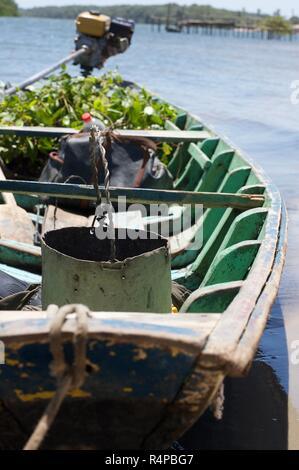 Barco de pesca de caranguejo na comunidade do Torto,  Delta do Parnaíba, Brasil - Stock Photo