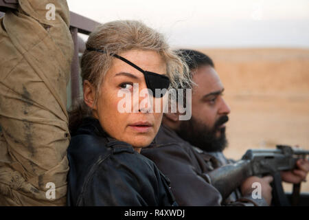 A Private War is a 2018 American biographical drama film directed by Matthew Heineman and starring Rosamund Pike as journalist Marie Colvin.     This photograph is for editorial use only and is the copyright of the film company and/or the photographer assigned by the film or production company and can only be reproduced by publications in conjunction with the promotion of the above Film. A Mandatory Credit to the film company is required. The Photographer should also be credited when known. - Stock Photo