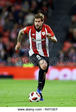 Bilbao, northern Spain, Wednesday, November, 28, 2018. (4) Inigo Martinez during the Spanish Copa del Rey soccer match between Athletic Club Bilbao and S.D Huesca at San Mames stadium. Credit: Ion Alcoba Beitia/Alamy Live News - Stock Photo