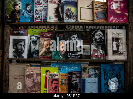 2nd hand book market in Havana - Stock Photo