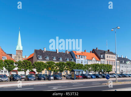 Seafront buildings along Strandgade in the old town centre, Helsingør ( Elsinore ), Zealand, Denmark - Stock Photo