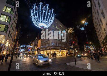London, UK. 29th Nov, 2018. Feathered illuminations overhead. Christmas lights in Mayfair. Credit: Stephen Chung/Alamy Live News - Stock Photo