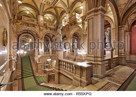 The Vienna State Opera (Wiener Staatsoper)- Vienna Austria - Stock Photo