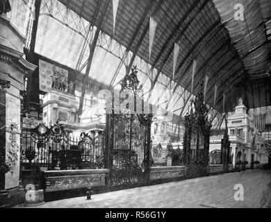Building at the territory of the World Exposition 1893, the wrought-iron gates from Germany, historical monochrome photography - Stock Photo