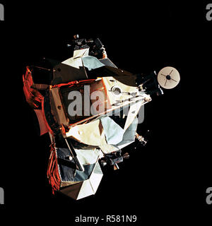 (14 Dec. 1972) --- This 70mm view of the Lunar Module (LM) 'Challenger' in lunar orbit before rendezvous with the Apollo 17 Command and Service Modules (CSM). - Stock Photo