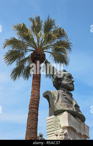 Bust of Giuseppe Verdi in front of the opera house in Piazza Verdi, Palermo, Sicily, Italy - Stock Photo