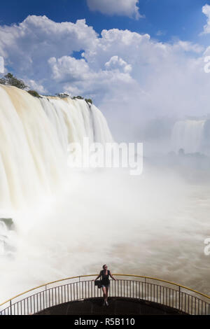 Iguacu (Iguazu) Falls, Cataratta Foz do Iguacu, Parana, Iguazu National Park, Brazil