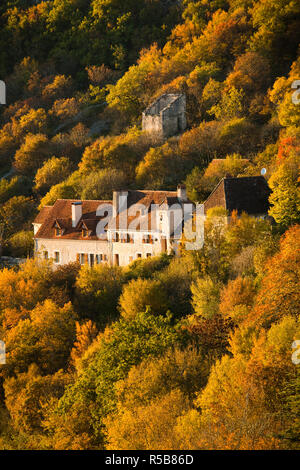 France, Midi-Pyrenees Region, Lot Department, Rocamador, buildings in L'Hopitalet village - Stock Photo