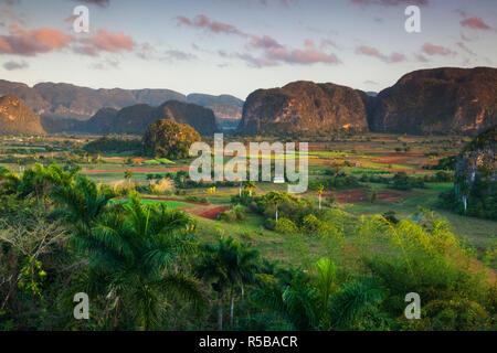 Cuba, Pinar del Rio Province, Vinales, Vinales Valley - Stock Photo